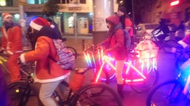 Santas and their bikes
