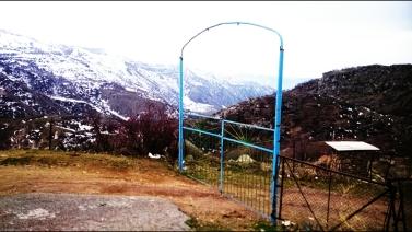 Hiking up to Geghard monastery