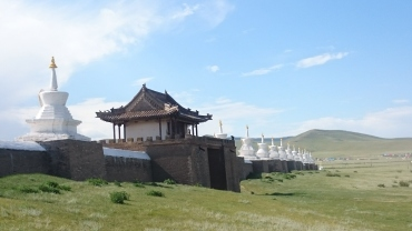 The outer walls of Erdene Zuud